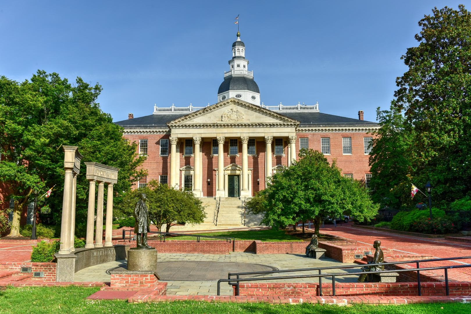 Nearby Maryland Statehouse