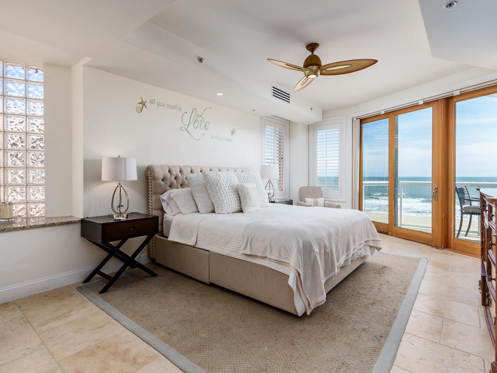 Acropolis, 4 - Master Bedroom