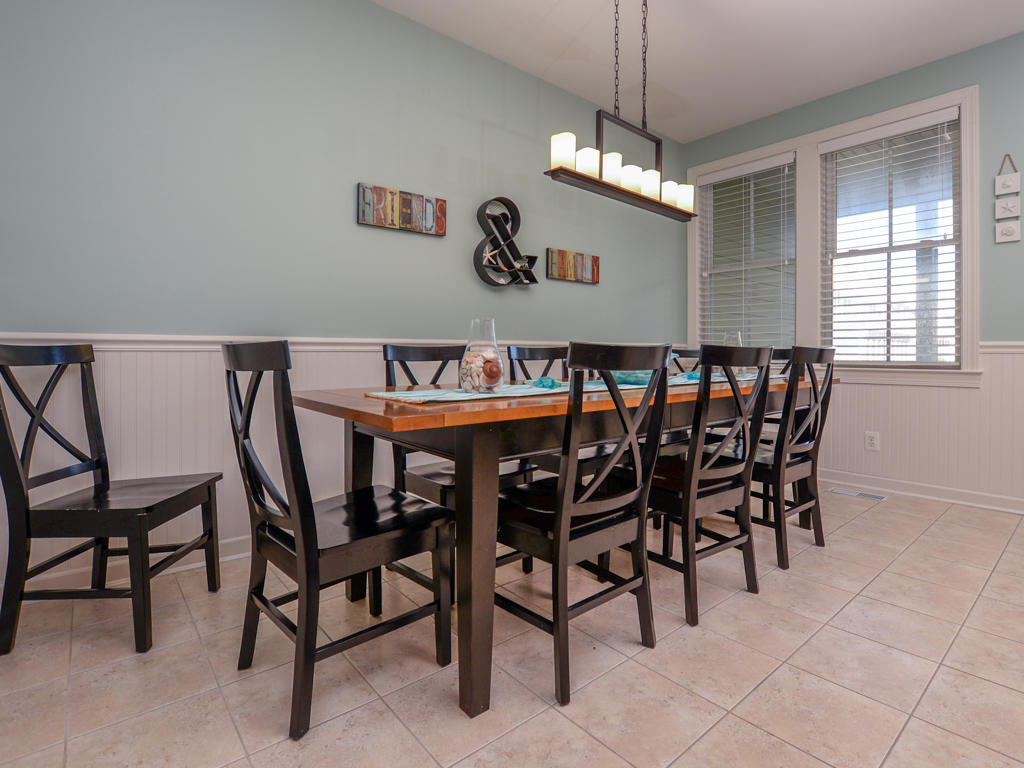 Sunset Island, 7 Fountain Drive West - Dining Area