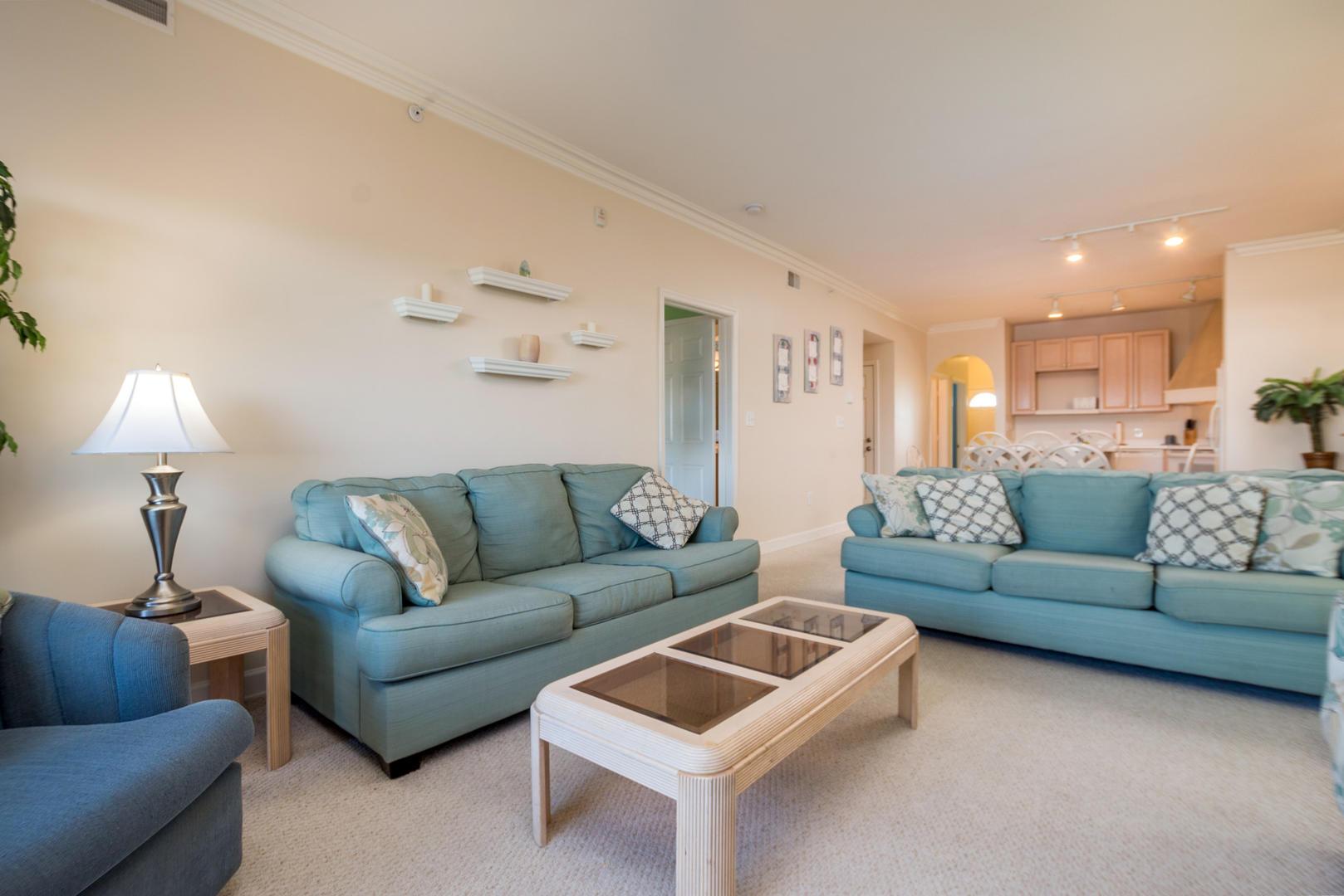 Maresol 309 - Living Room