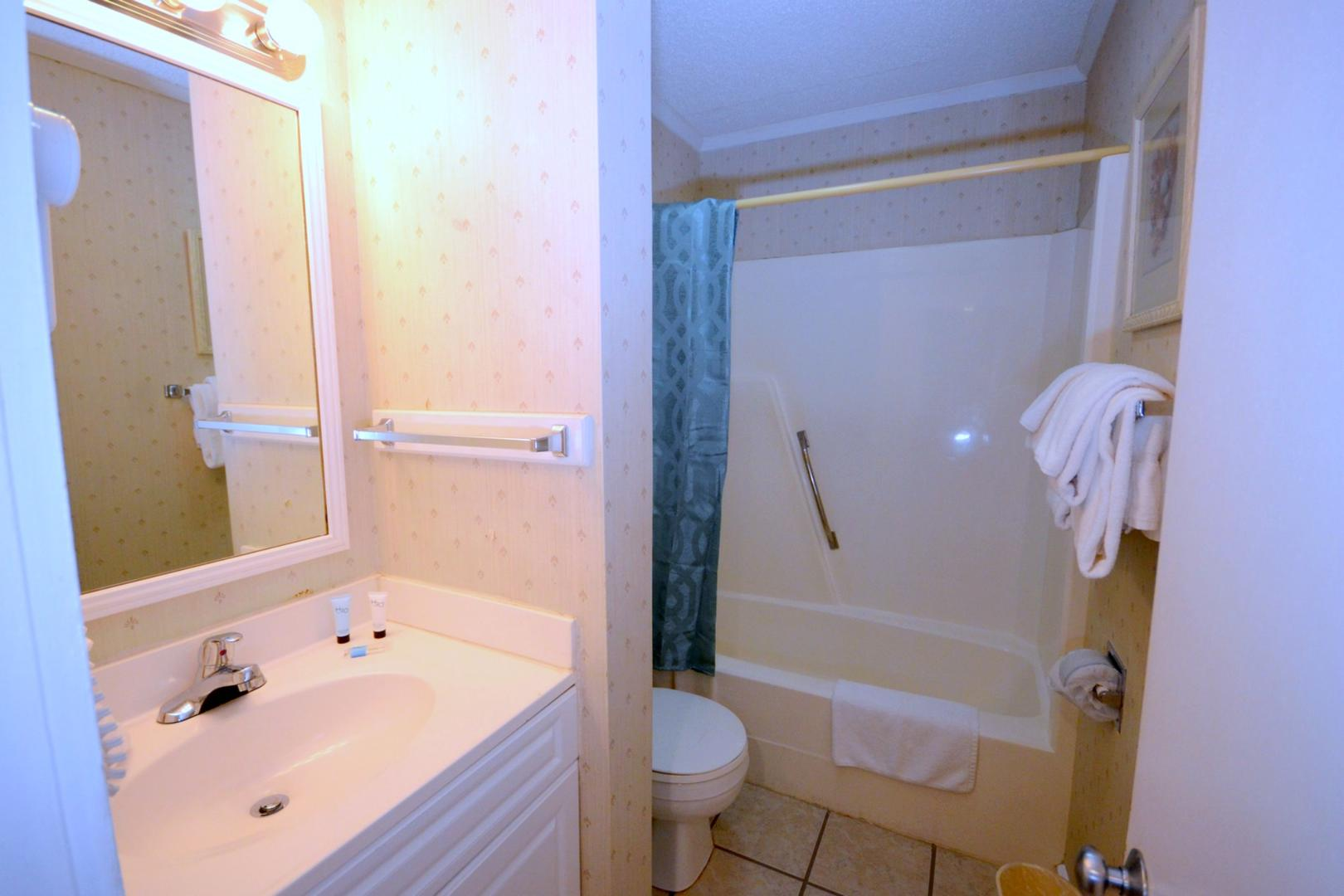Ocean Creek L2256 - Bathroom 2