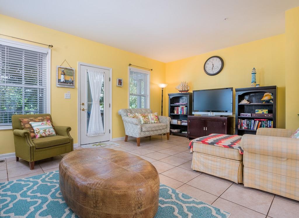 Sunset Island, 5 Corner Store Lane - Living Room