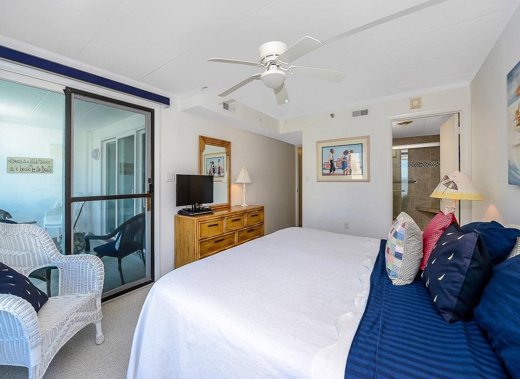 Excailbur, 304 - Master Bedroom