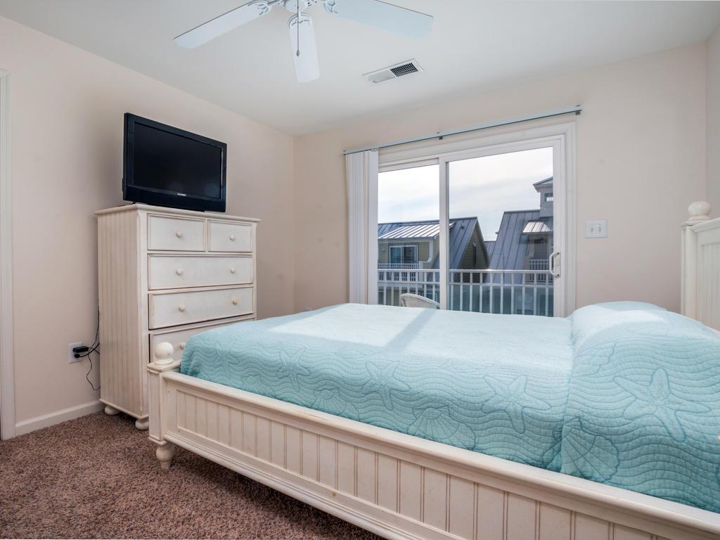 Sunset Island, 15 Beach Walk Lane - Top Floor Bedroom
