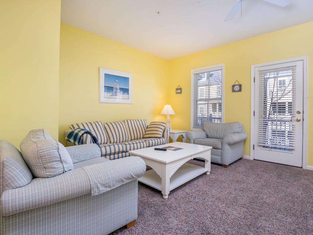 Sunset Island, 15 Beach Walk Lane - Living Room