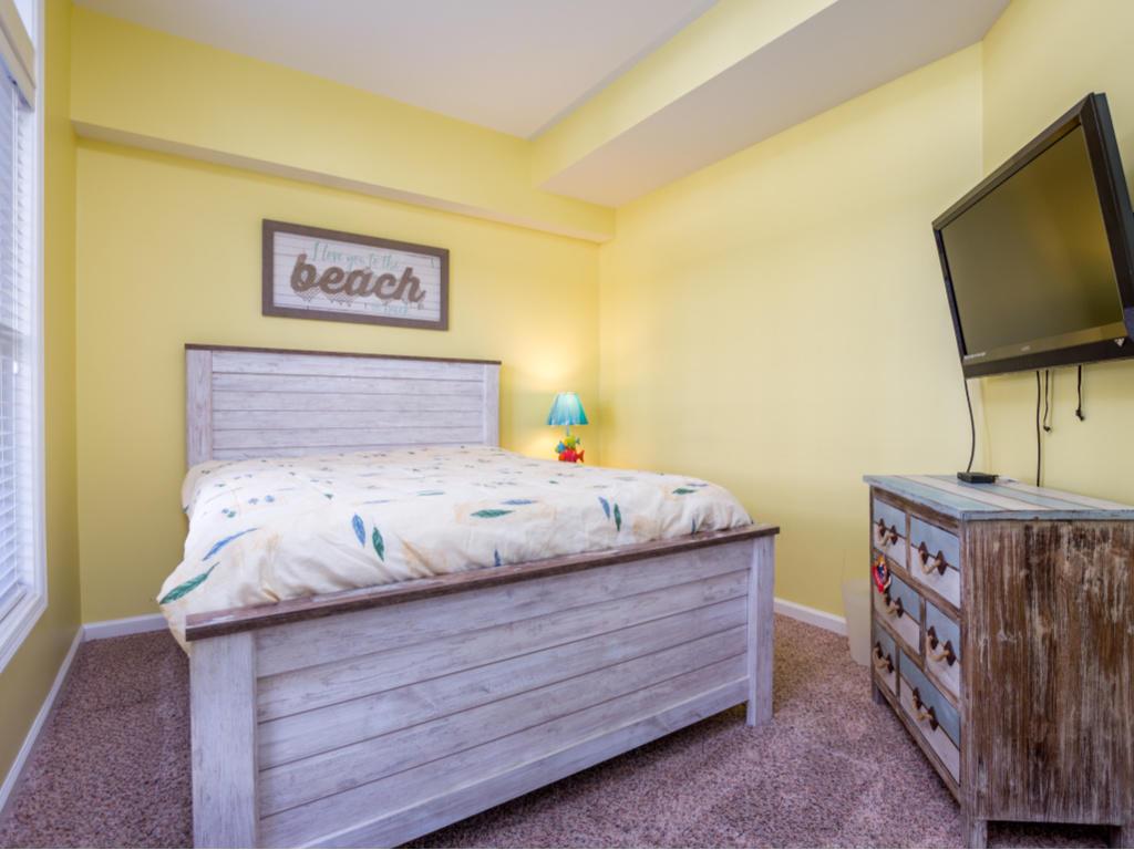 Sunset Island 15 Beach Walk Ln - First Floor Bedroom