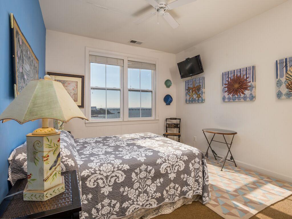 Sunset Island, 51 Sunset Island Drive - Fourth Bedroom