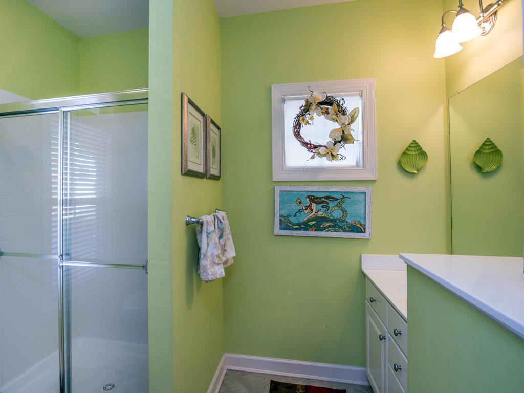 Sunset Island, 51 Sunset Island Drive - First Level Bathroom