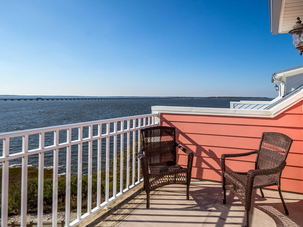 Sunset Island, 51 Sunset Island Drive - Top Floor Balcony