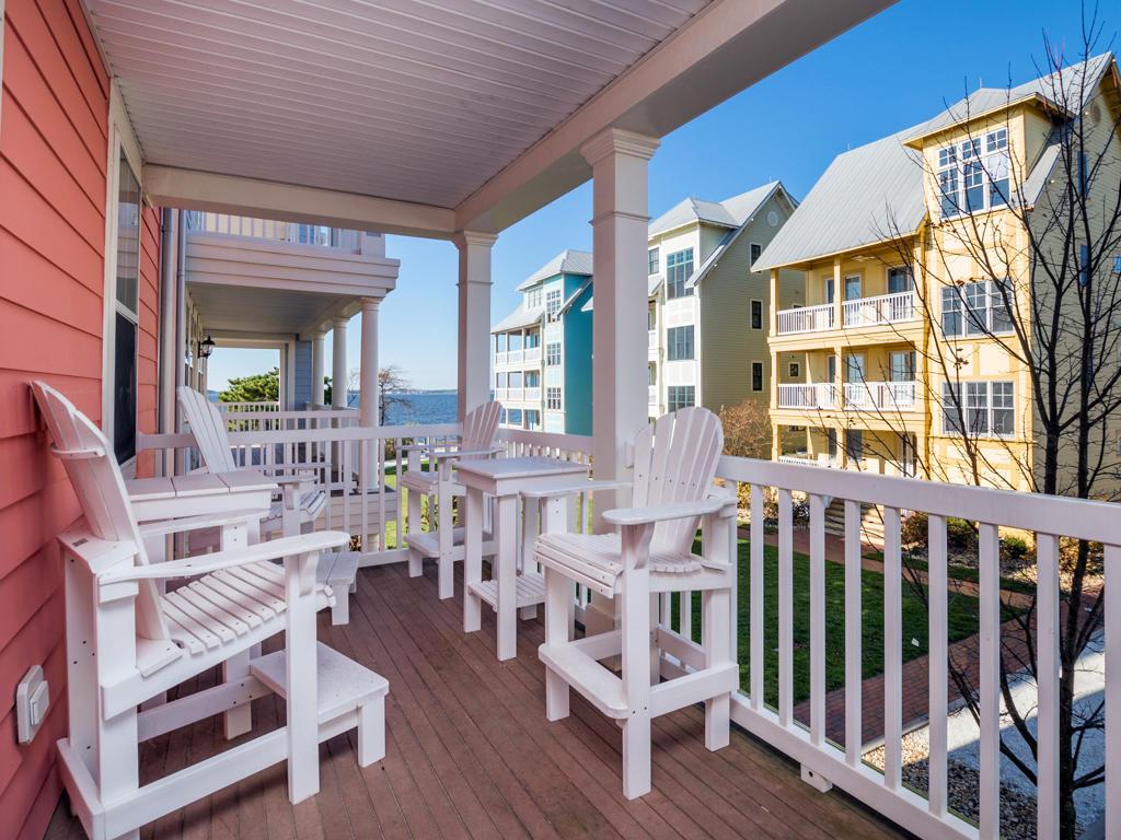 Sunset Island, 51 Sunset Island Drive - Balcony