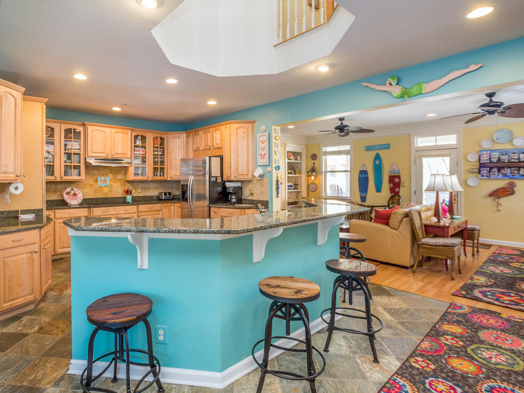 Sunset Island, 51 Sunset Island Drive - Kitchen Area