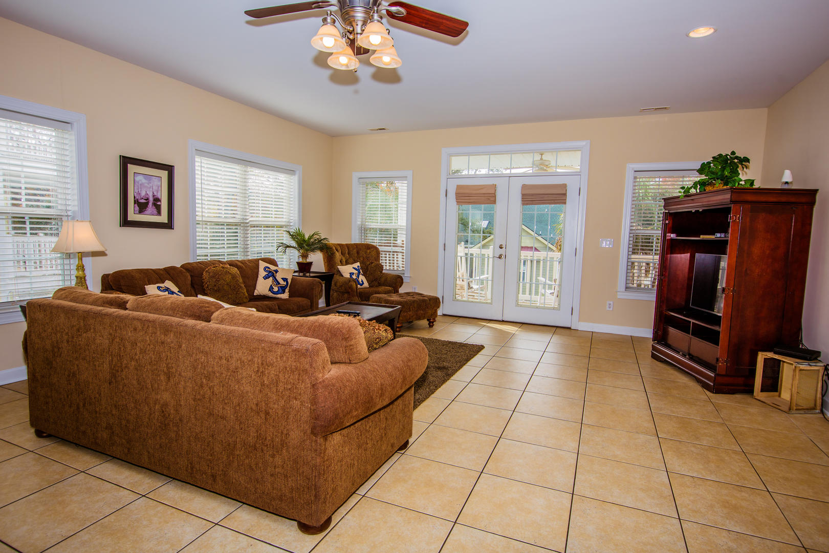 Ocean Breeze Cottage - 2nd Floor Living Room