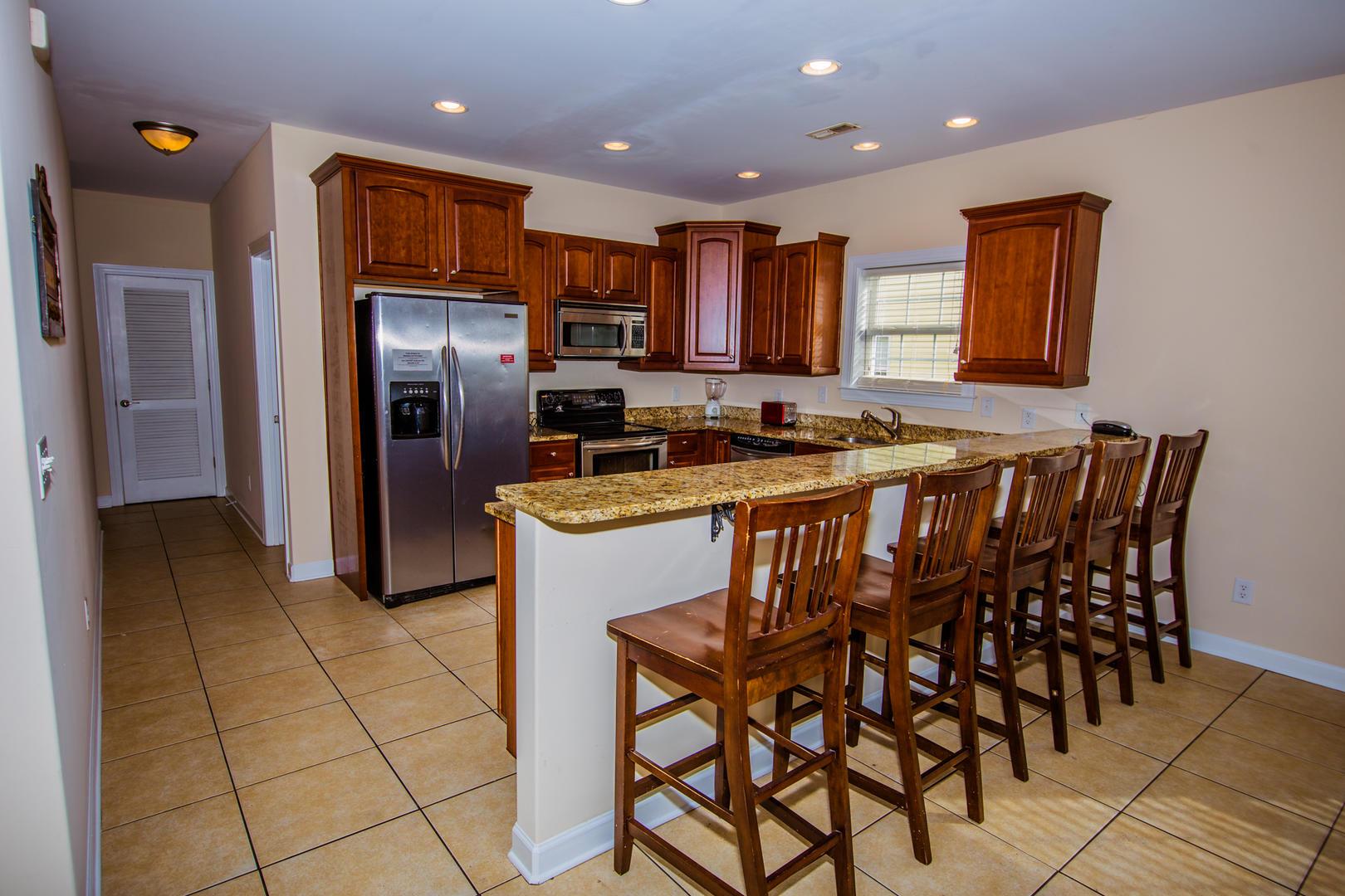 Ocean Breeze Cottage - 2nd Floor Full Kitchen