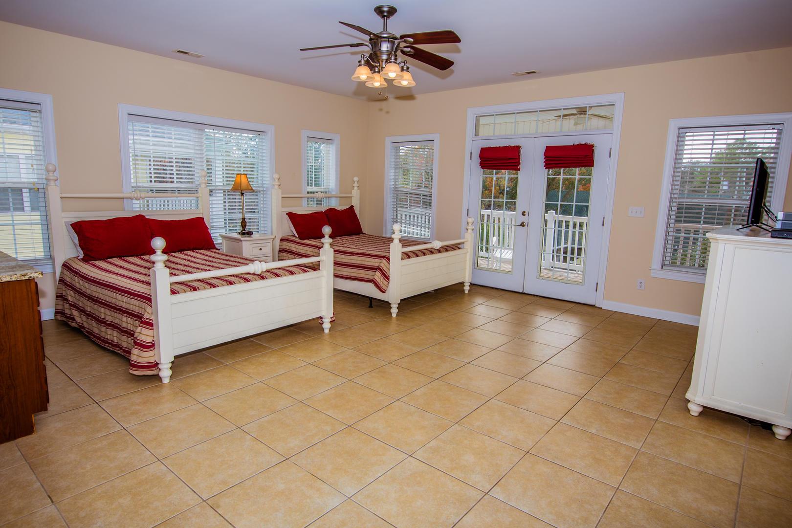 Ocean Breeze Cottage - Bedroom 5