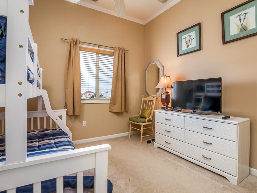Harbour Towne 301D - Bedroom 2