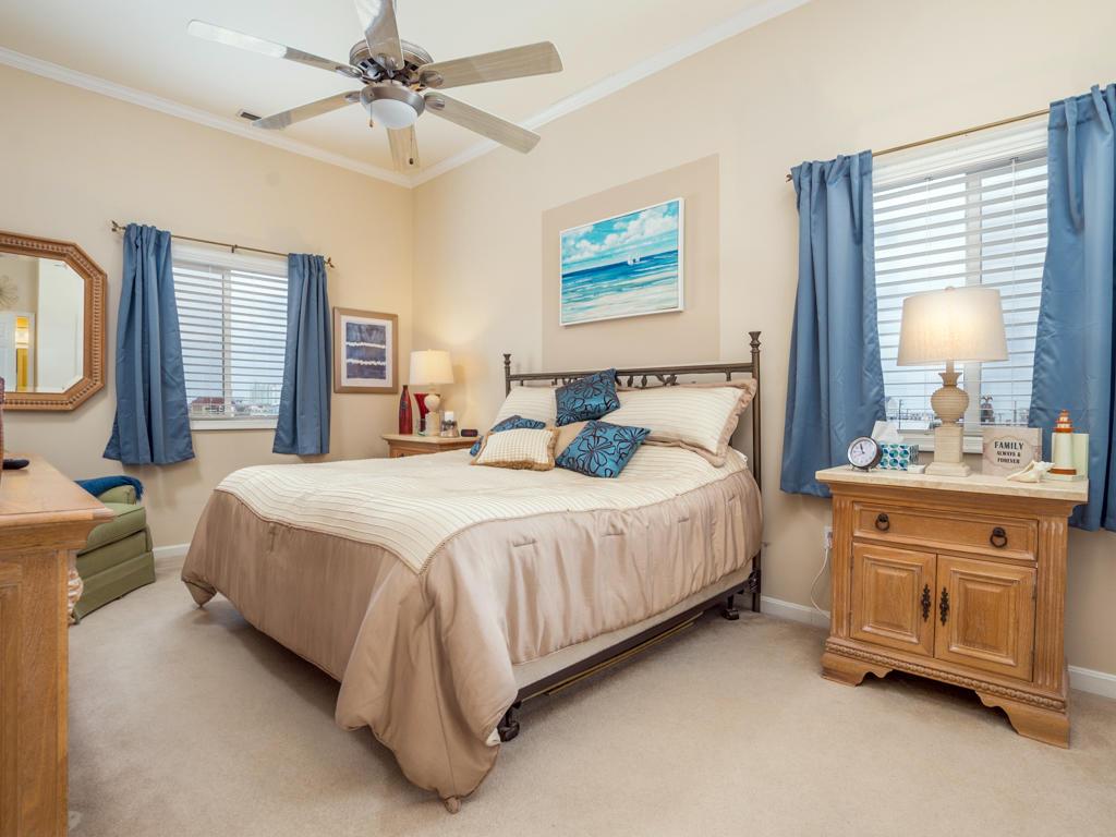 Harbour Towne 301D - Master Bedroom