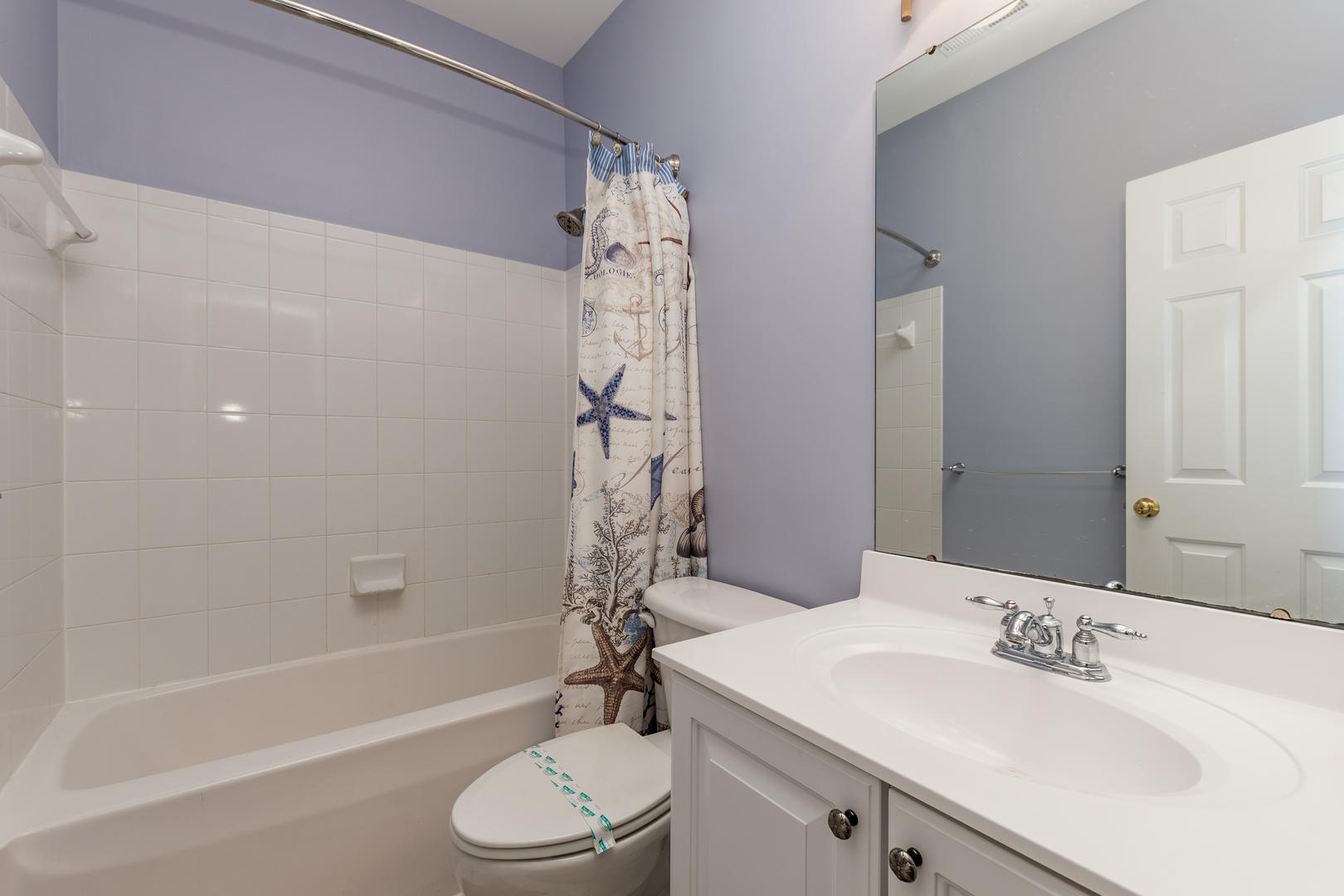 Sunset Island, 33 Sunset Island Drive - Second Bathroom