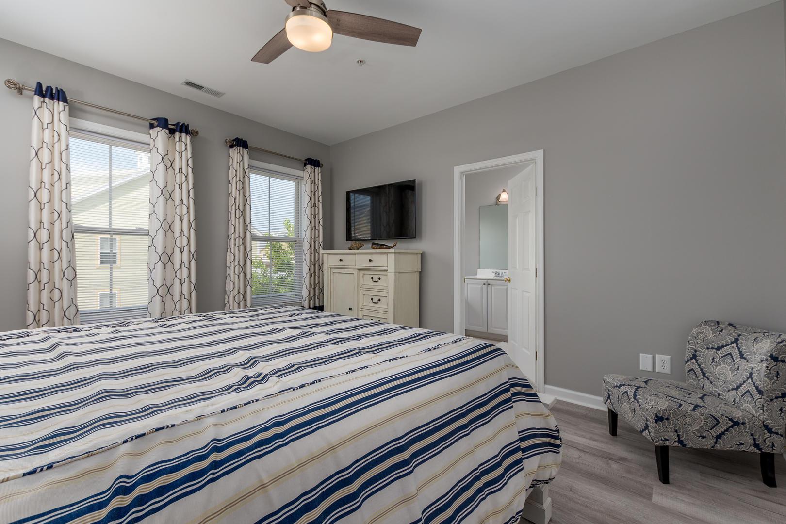 Sunset Island, 33 Sunset Island Drive - Master Bedroom