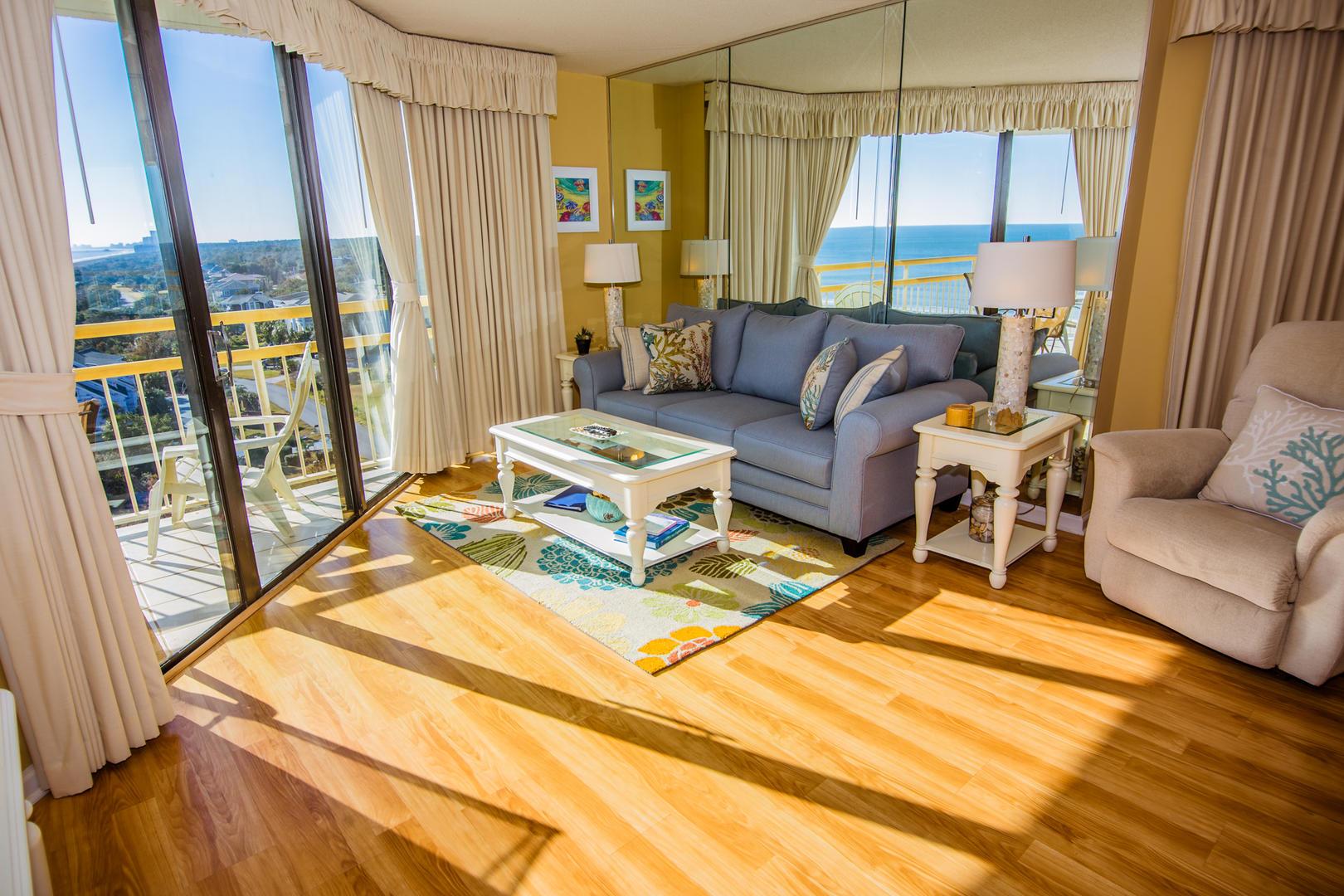 Ocean Creek NN9 - Living Room