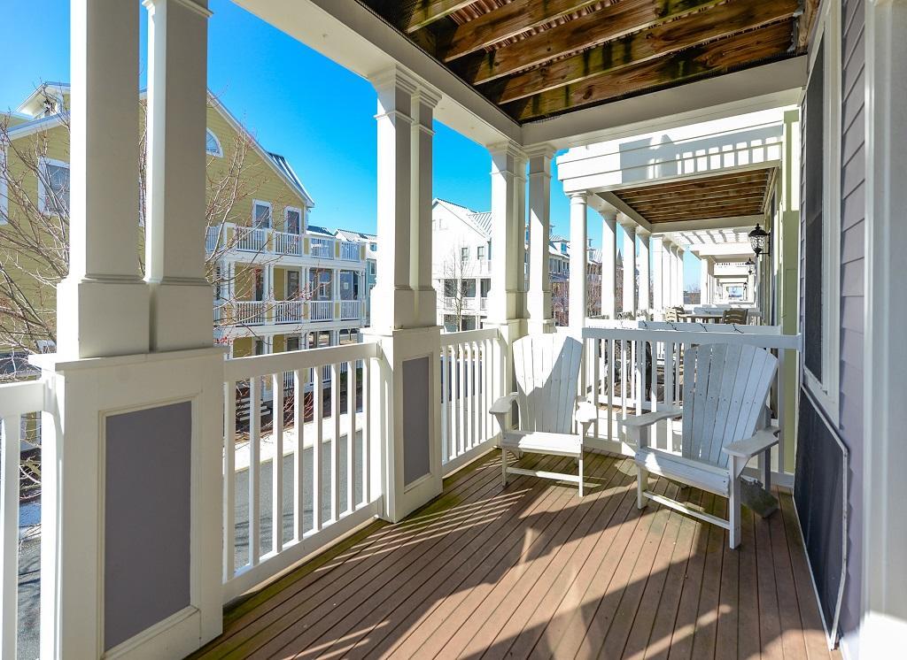 Sunset Island, 36 Sunset Island Drive - Balcony