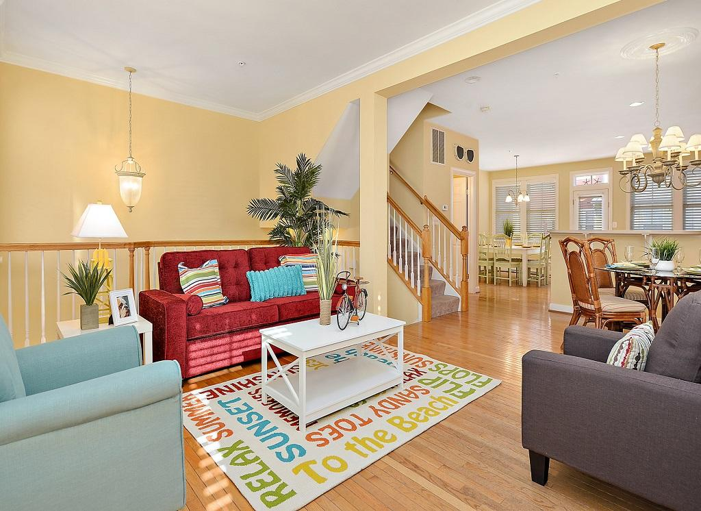Sunset Island, 36 Sunset Island Drive - Living Room