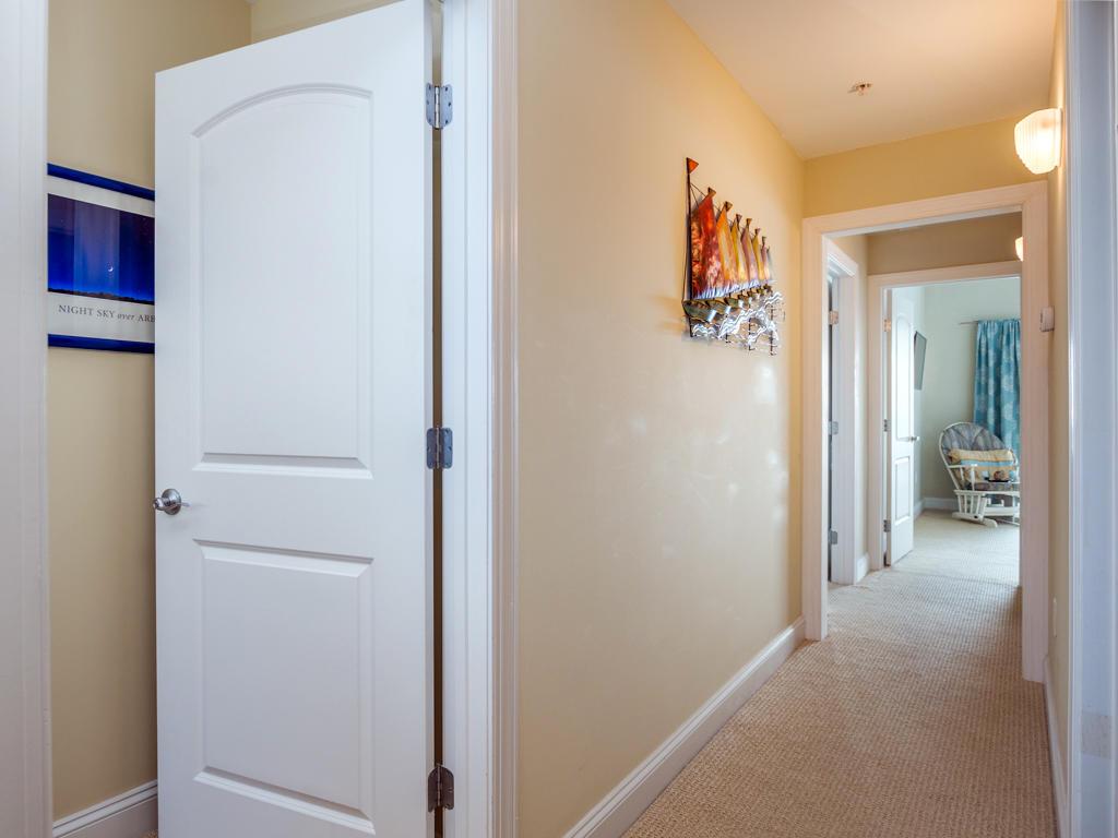 Mallard Cove 2 - Hallway