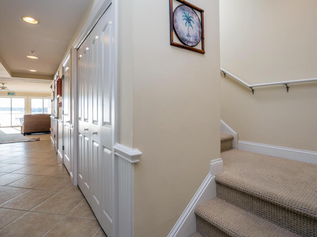 Mallard Cove 2 - Stairs