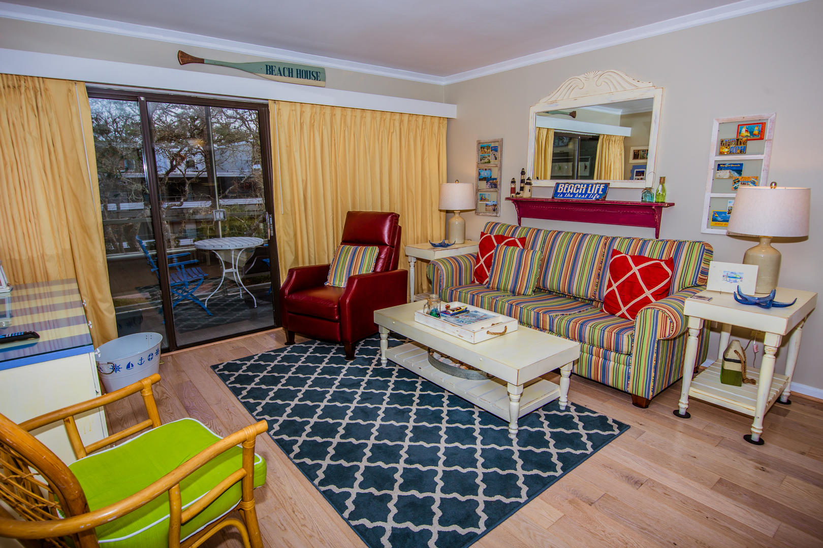 Ocean Creek L2274 - Living Room