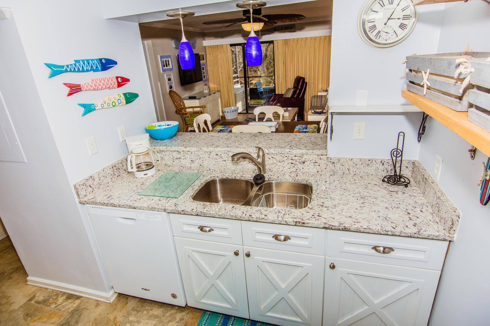Ocean Creek L2274 - Updated Kitchen