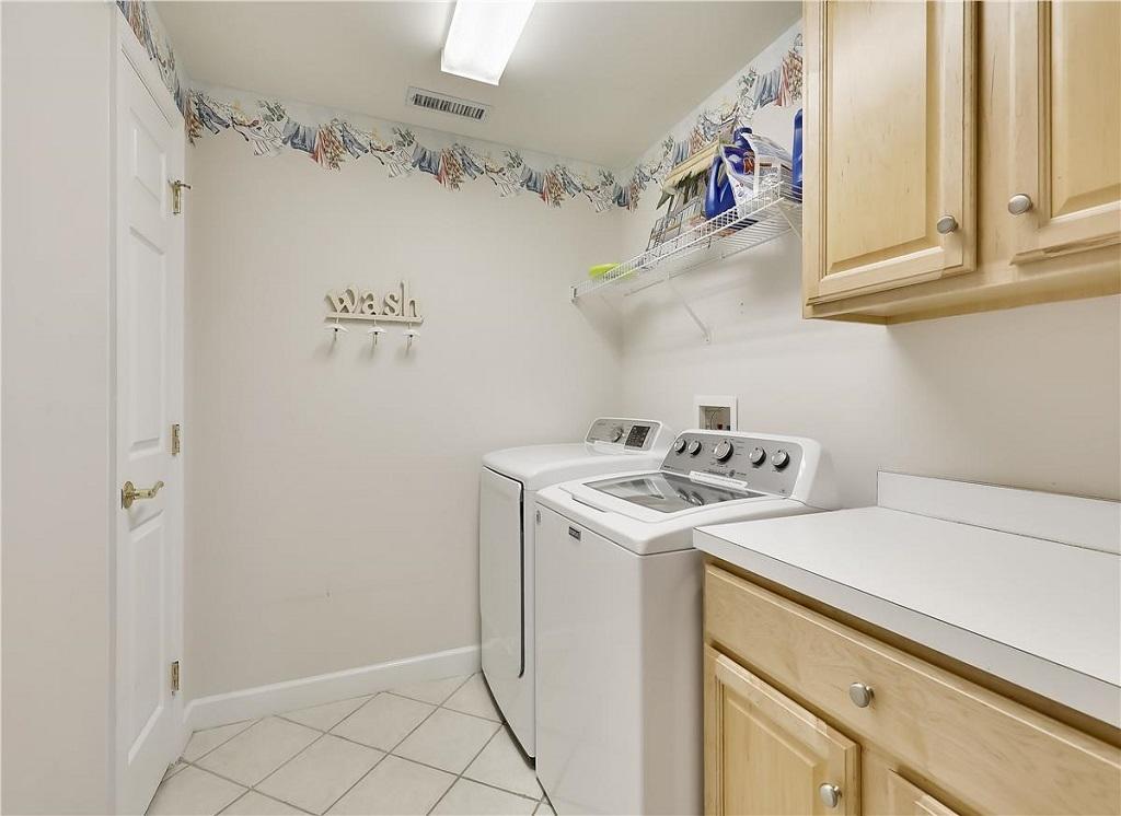 Avalon, 506 - Laundry Room