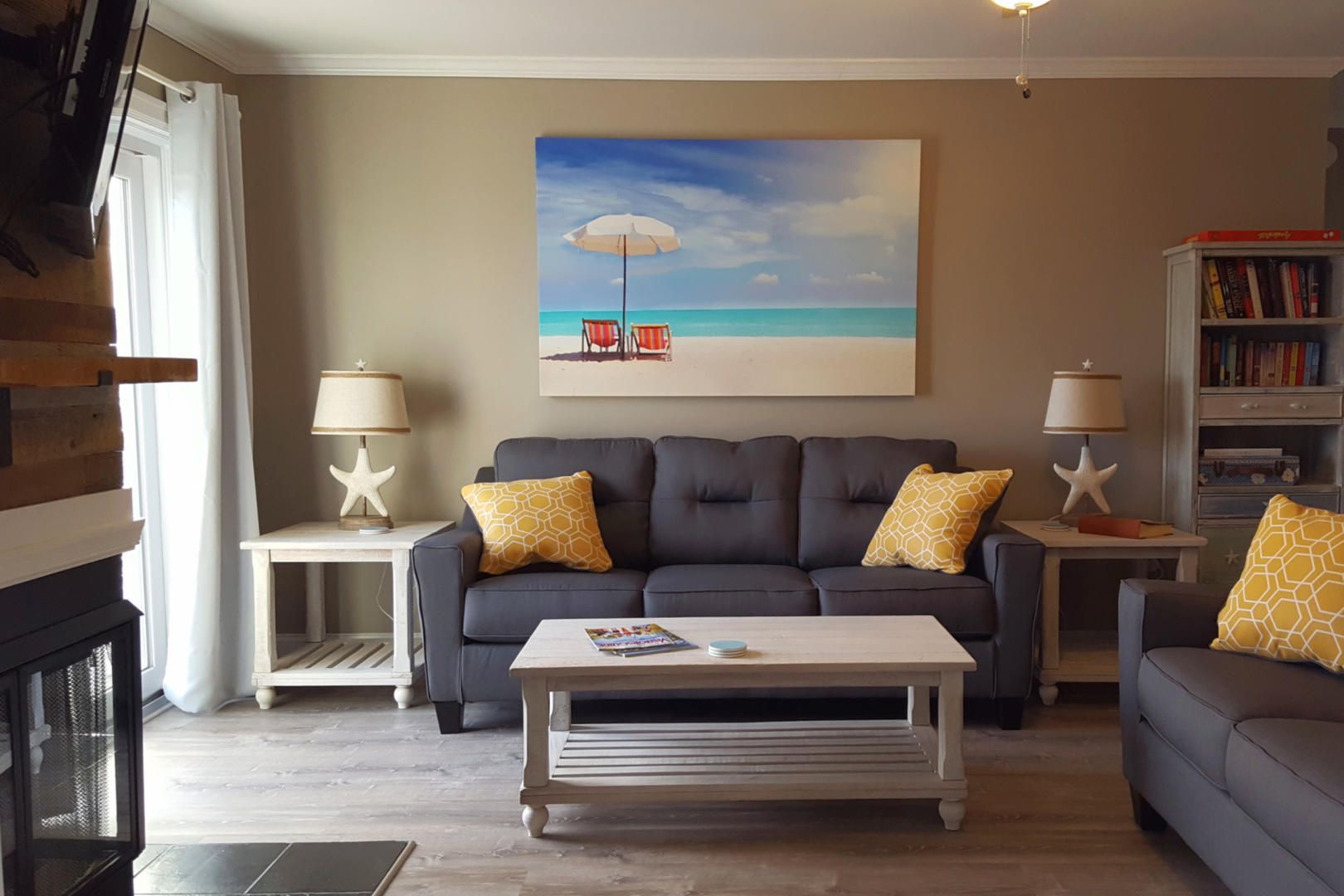 Lucayan 27 - Living Room