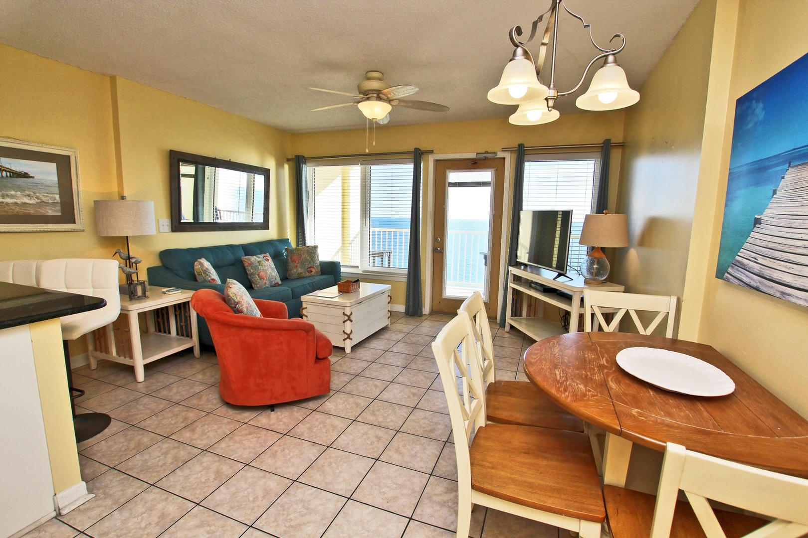 9th Floor Gulf Front Condo with Beach Views